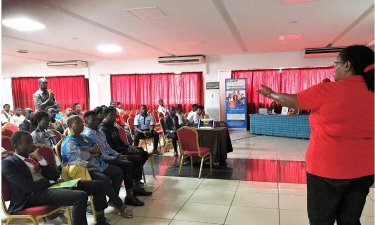 EducationUSA Brings visiting university to English Access Students