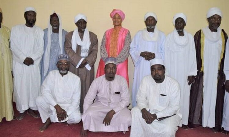 La Chargée d'Affaires Davis Ba visite le Haut Conseil des Affaires Islamiques pour exprimer ses voeux à l'occasion de l'anniversaire de la naissance d