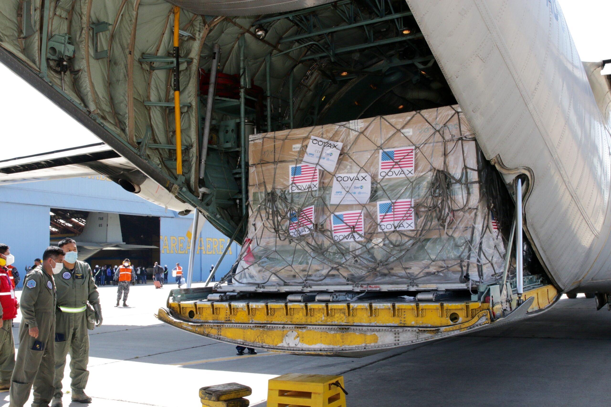 Unloading of more than 1 million Johnson & Johnson vaccines in El Alto