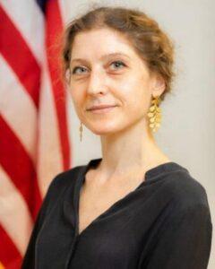 Julia Hozakowska Consul