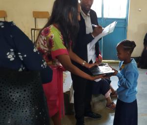 Frehiwot Negash donates supplies to students at Addis Tesfa kindergarten and primary school in #CountryoftheWeek Ethiopia.