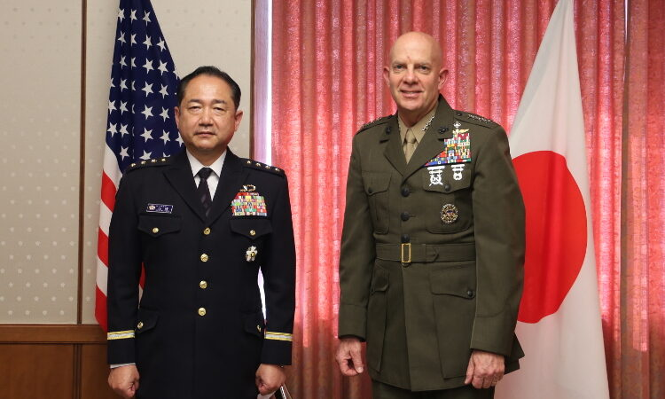 Marine Corps Commandant Visits Japan