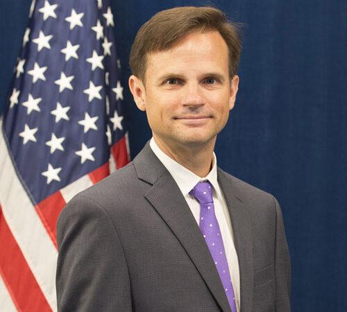 在名古屋米国領事館首席領事ゲーリー・シェイファー