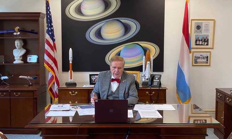 Man sitting in an office.